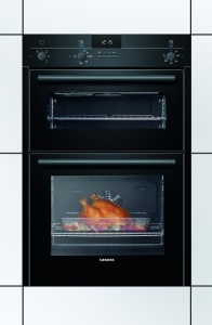 Siemens HB13NB621B Built Under Double Oven